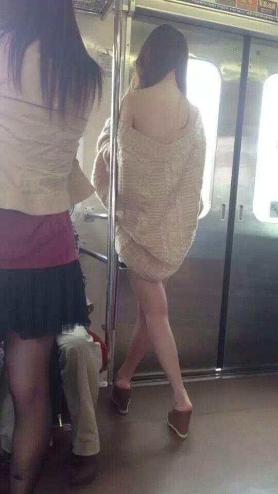 女装女装_지하철 민폐녀 - 스마트게임샷 유머 갤러리